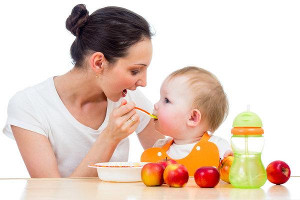 la-alimentacion-del-bebe
