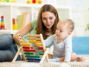 Juguetes para estimular al bebé. Foto: Shutterstock